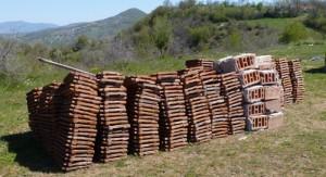 ready to move into barn and house for sale Kardzhali near greek border makaza
