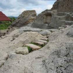 tatul-tomb-bulgaria1