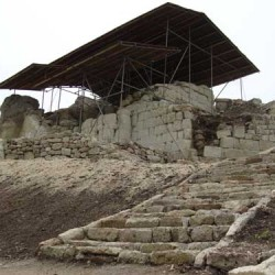 renovating the Tomb of Orpheus at Tatul
